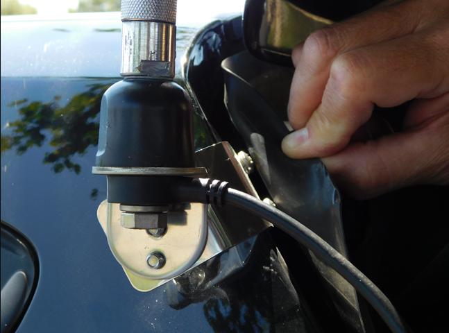 COMPACtenna Installation - Adjustable Mount - Universal Radio WORKMAN Hatchback Install PHOTO